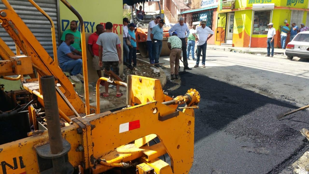 Dos mil metros de asfalto serán destinados a las calles aledañas al Mercado Municipal S.C.