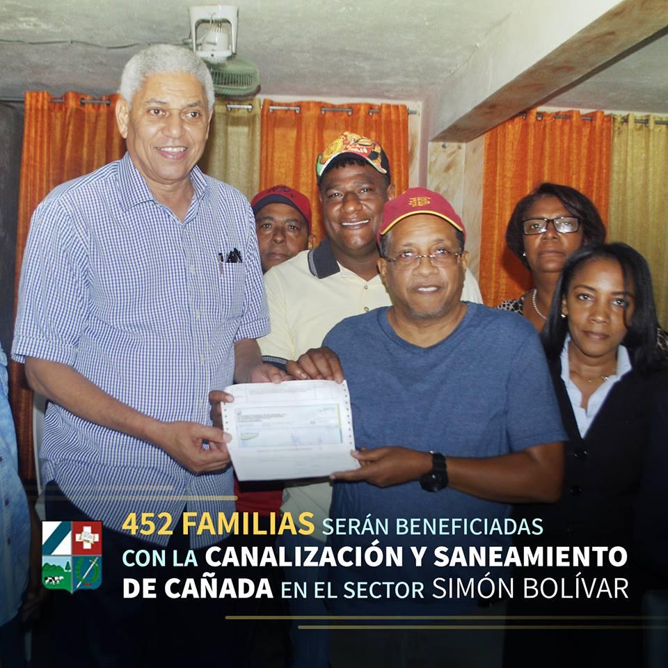 Familias del sector Simón Bolivar, serán beneficiadas con la canalización de cañada