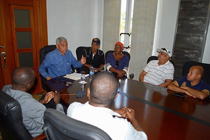 Alcalde anuncia construcción Centro Comunitario Los Nova y Villa Linda