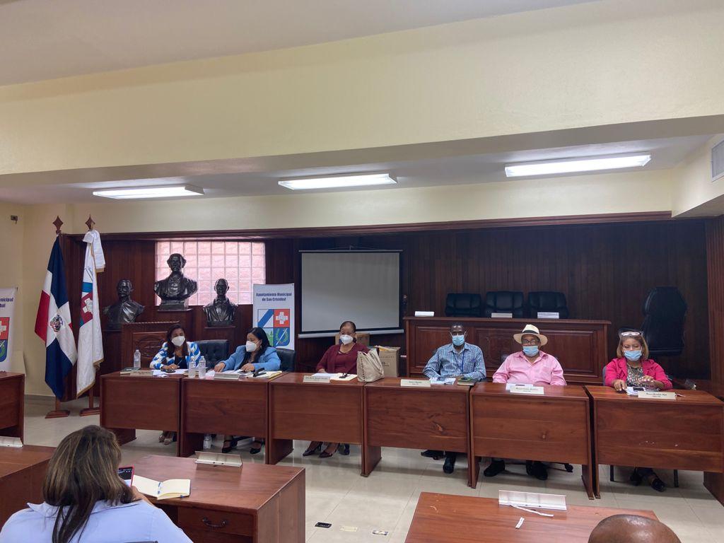 Cumpliendo Ley 340-06 Ayuntamiento de San Cristóbal licita 20 obras para sectores por valor RD$40 millones.